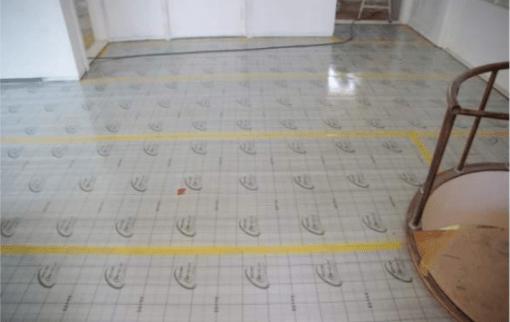 Infraraudonųjų spindulių grindų šildymo plėvelės tiesimas